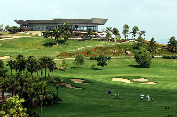 5 Days Hanoi Golf with Halong Bay Tour